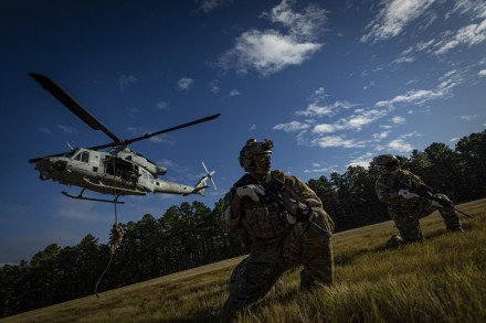 Special Warfare Airmen train with U.S. Marine Corps Reserve